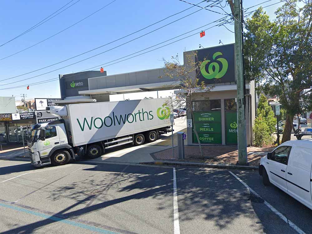woolworths Burleigh Heads by Goordon Corp
